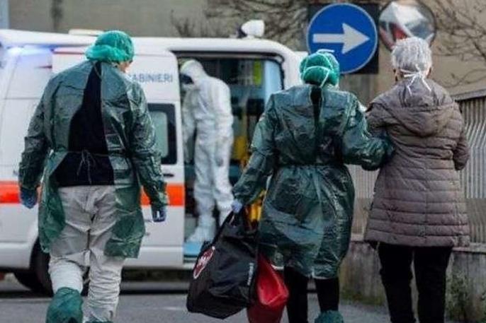 <p>Найскладніше боротися з коронавірусом лікарям сімейної медицини у глибинці</p> — Пандемія в українській глибинці. Чому сімейні лікарі рятують українців антибіотиками