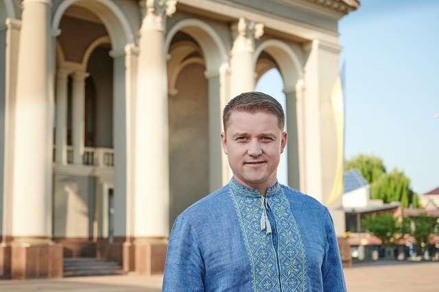 Олександр Третяк («Європейська Солідарність») отримав 50,18% голосів — «Європейська Солідарність» заявляє, що її кандидат виграє вибори мера у Рівному
