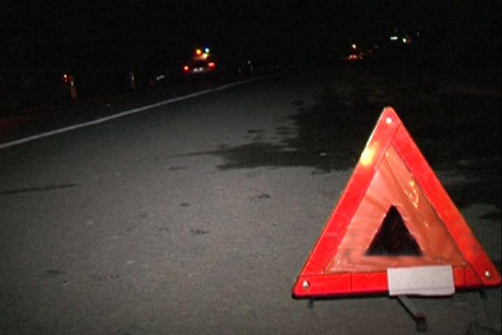 Смертельне ДТП сталося в темну пору доби — На Київщині поліцейський збив на смерть пішохода