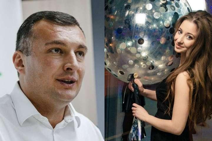 <p>Депутат Олег Семінський і його співрозмовниця в листуванні називають одне одного «котиками», обговорюють «вчорашнє» і обмінюються любовними смайлами</p>