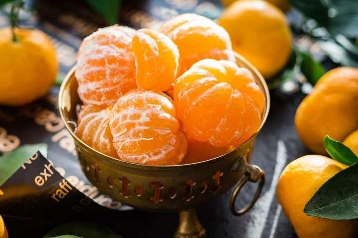 Фото з відкритих джерел — Перед новорічними святами подорожчали мандарини