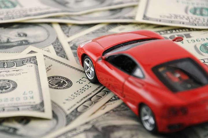 """Транспортний податок сплачується, якщо вартість автівки перевищує<span lang=""""UK"""">2,25 млн грн</span> — Стало відомо, де на Київщині проживає найбільше власників елітних автівок"""