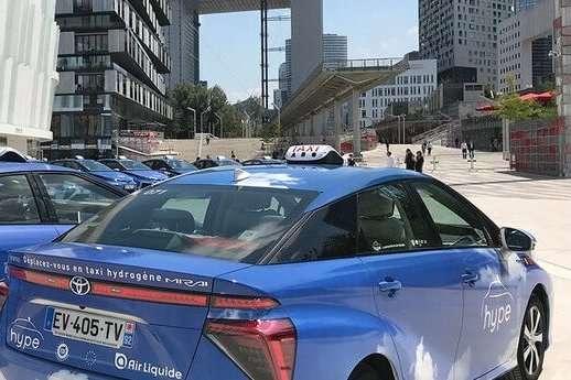 pАвтомобілі на водневих паливних елементах Toyota Mirai/p p/p p/p - Дизельні таксі в Парижі замінять водневими автомобілями