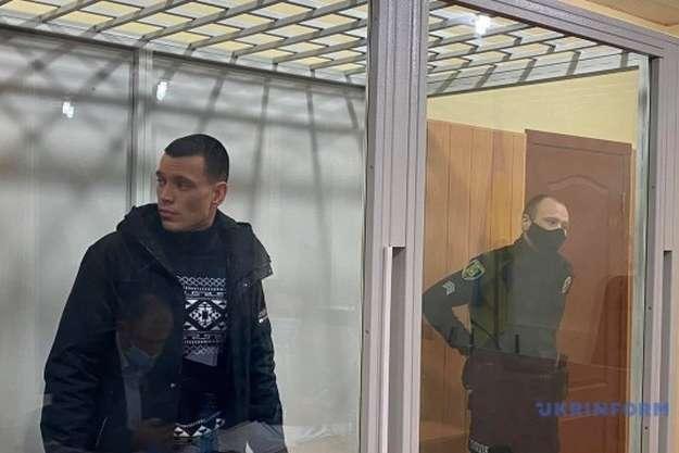 <p>Четвертим на лаві підсудних опинився Ігор Мірончук, якого слідство називає адміністратором згорілого пансіонату «Золотий час»</p> — Пожежа у Харкові: суд відправив у СІЗО четвертого підозрюваного