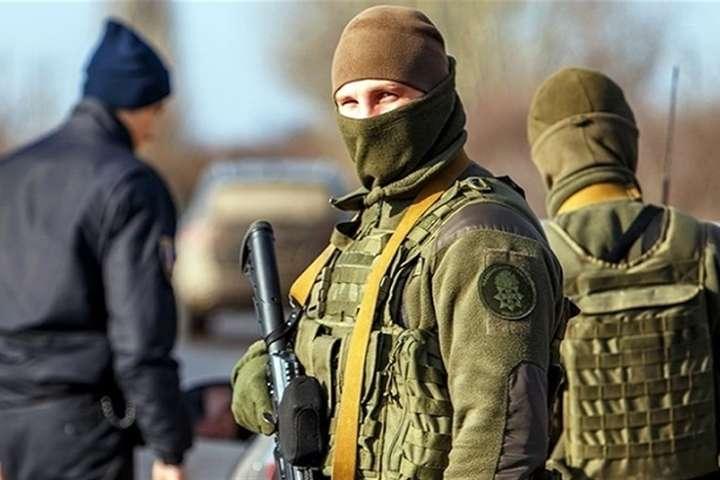 МВС: правоохоронці не дадуть жодних шансів проросійським ворожим силам розколоти наше суспільство і розірвати нашу країну — МВС готується до можливих силових провокацій через санкції РНБО
