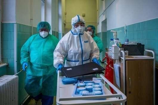 <span>В Україні знову зростає кількість хворих на коронавірус</span>