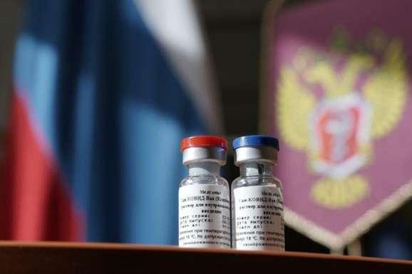 ВООЗ вважає, що російську вакцину від Covid-19 треба ретельно перевірити — Кабмін заборонив російську вакцину від коронавірусу