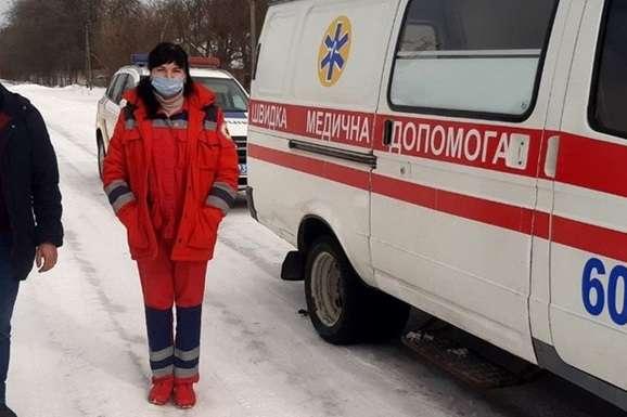 """<div class=""""post-item__photo-author"""">Медикам довелося викликати поліцію</div> — На Черкащині пацієнт відгриз крапельницю в «швидкій» і напав на медиків"""