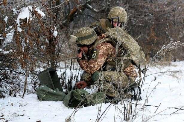 Українські військовослужбовці фіксують збільшення обстрілів у зоні розведення військ — Командування Операції об'єднаних сил назвало причини загострення на Донбасі