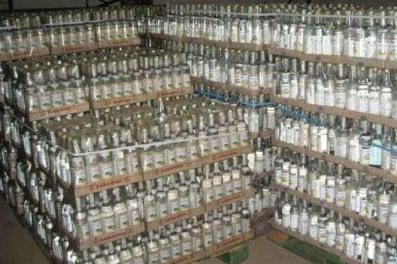 Через заблоковані ресурси продавалась переважно контрафактна горілка — Київські податківці закрили пів сотні алкосайтів