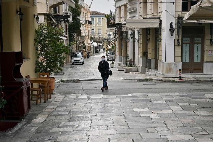 В Афінах будуть закриті неосновні магазини і школи - Греція продовжила локдаун та посилила обмеження