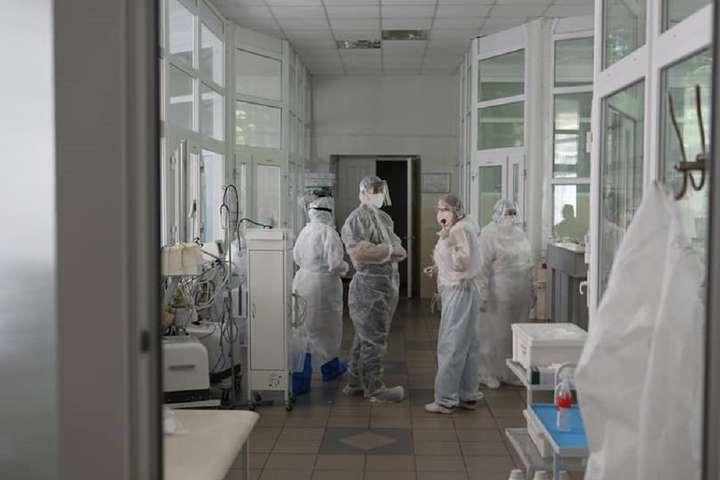 Львів визначив головним завданням забезпечити достатню кількість ліжко-місць із піднесеним киснем - Львів розгортає два тимчасових госпіталі для Covid-хворих