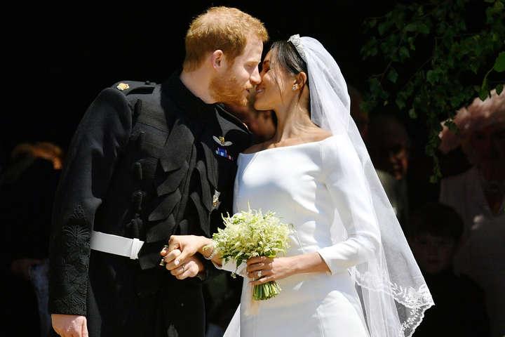 Принц Гаррі і Меган Маркл таємно одружилися за три дні до офіційної церемонії