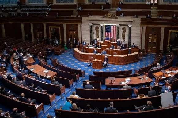 Палата представників США затвердила план Байдена щодо боротьби з пандемією — Конгрес США прийняв законопроєкт на $1,9 трильйона допомоги під час пандемії