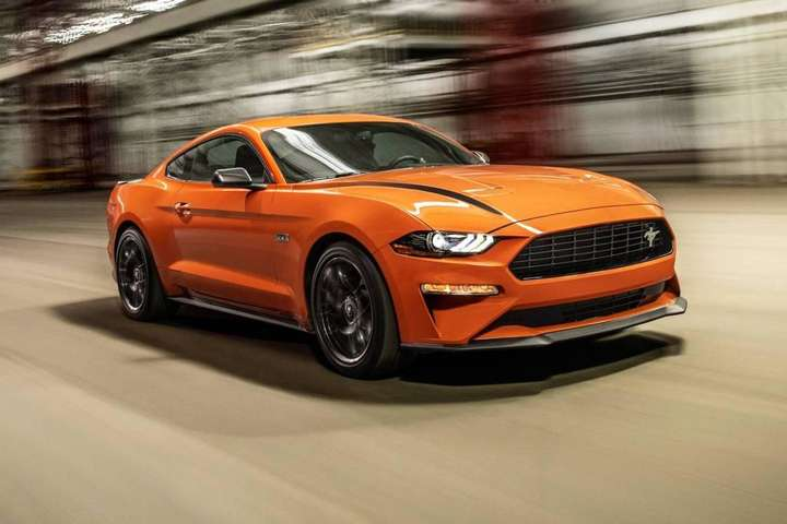 "<img src=""/img/forall/users/50/5047/ford-mustang-r-spec.jpg"" alt=""Ford Mustang"" width=""100%"" height=""auto"" itemprop=""image"" />"