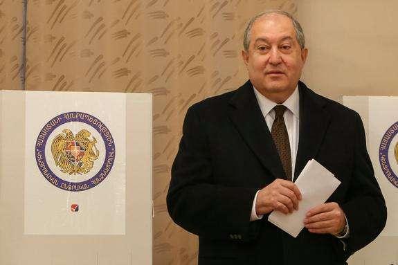 Президент Вірменії Армен Саркісян - У Вірменії порушили справу про подвійне громадянство президента Саркісяна