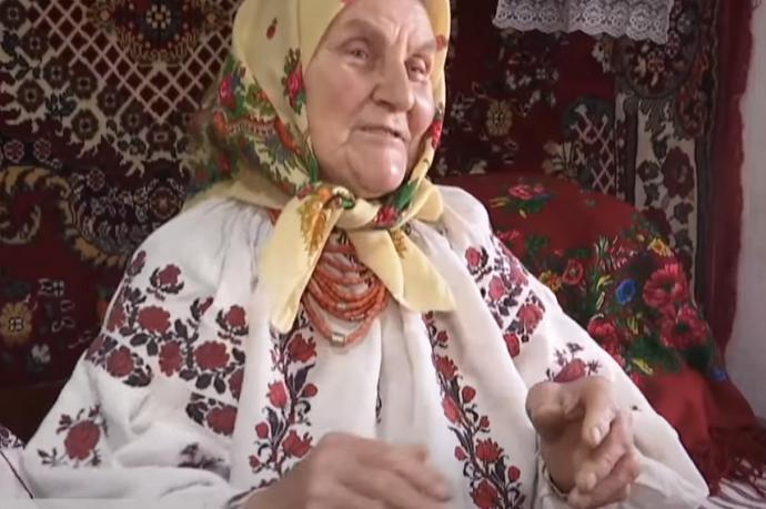 На Вінниччині 82-річна бабуся стала зіркою Тік-Току (відео)