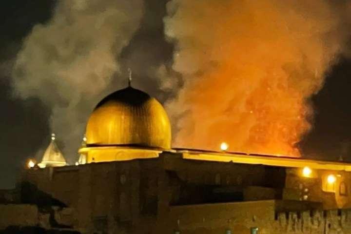 На Храмовій горі в Єрусалимі сталася пожежа (відео)