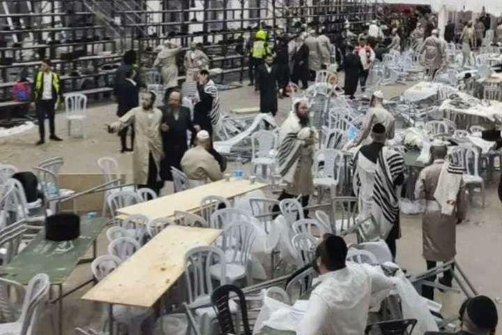 У момент обвалу в синагозі будівлі знаходилося близько 600 осіб - Обвалення трибуни в синагозі: з'явилися нові дані про жертв та постраждалих
