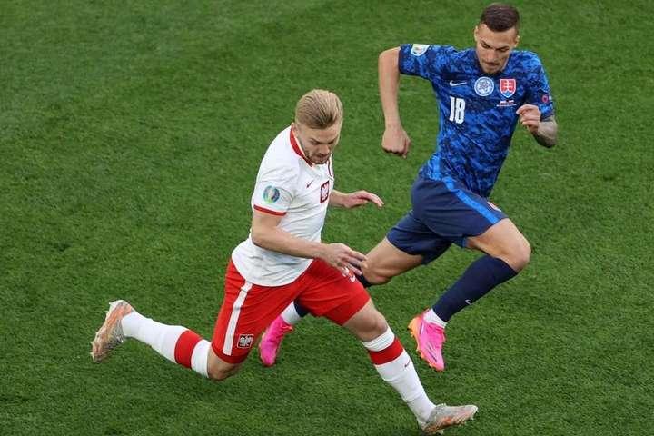Польща несподівано поступилася Словаччині - Воротар поляків забив найшвидший гол в історії Євро