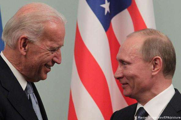 У Білому домі вже не бачать безпосередньої загрози Україні з боку Росії - Білий дім таки заморозив $100 млн допомоги Україні