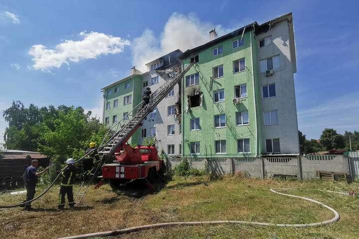 Вибух у багатоповерхівці під Києвом: є постраждалі (фото, відео)