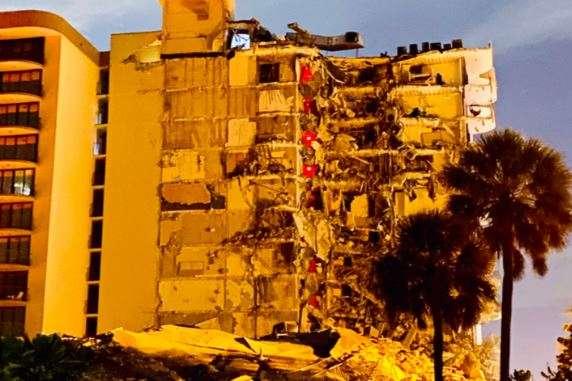 Підтверджена загибель чотирьох осіб - Трагедія в Маямі: Зросла кількість жертв і зниклих безвісти обваленої багатоповерхівки