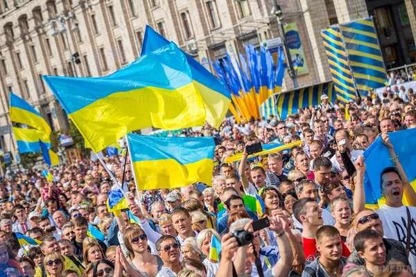 Українцям потрібно зробити лише одну річ – стати дорослими