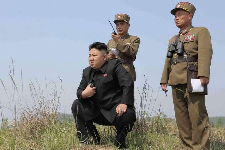 Лідер КНДР Кім Чен Инзакликав армійців докласти максимальних зусиль для підвищення боєздатності всіх підрозділів - Кім Чен Ин закликав армію КНДР до підвищення боєготовності
