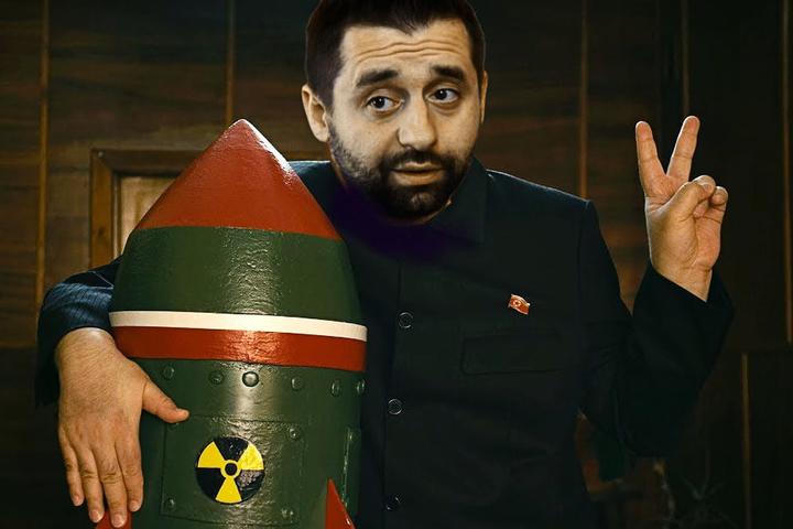 Арахамії дісталося від жартівників з мережі - Шантаж світу ядерною зброєю: нардеп Арахамія став героєм курйозних фотожаб