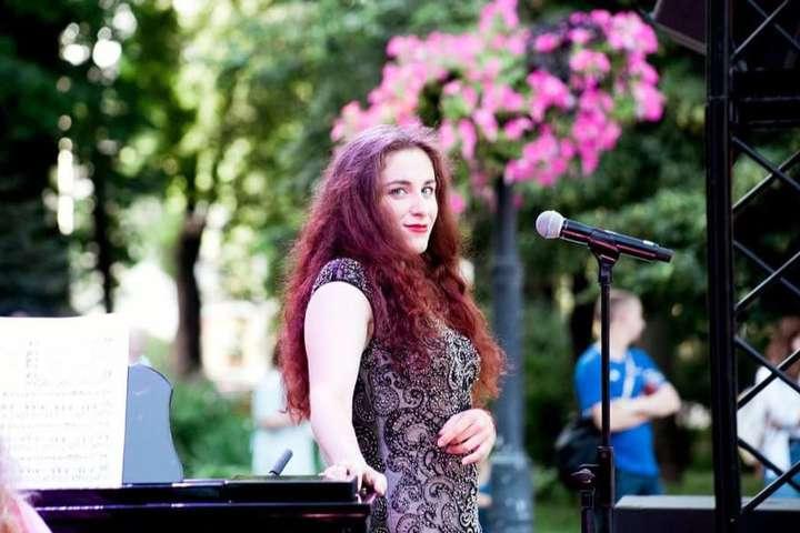 Перший концерт спецпроєкту«Опера вмісті» відбувся 2 липня - У парку в Києві співатимуть оперні солісти