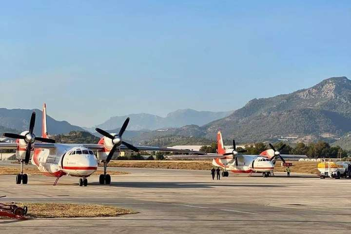 Авіація ДСНС приступила до гасіння осередків лісових пожеж у Турецькій Республіці - Українські літаки приступили до гасіння лісових пожеж у Туреччині