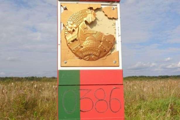 Білорусь заявила про обстріл прикордонного знаку - Білорусь заявила про обстріл з території України