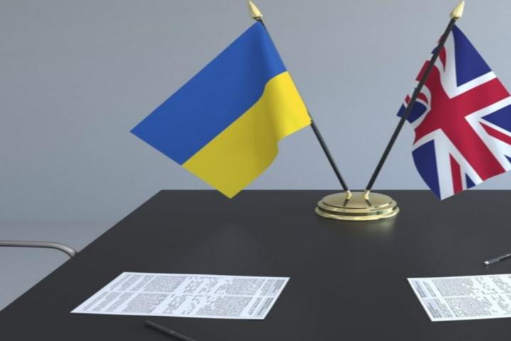 Скоро розпочнетьсябудівництва двох військово-морських портів - Британія надасть Україні ракетну зброю і військові кораблі