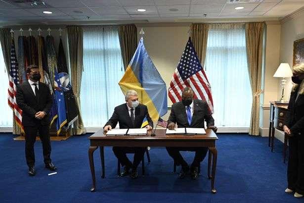 Що робитиме міністр оборони США в Україні: стали відомі деталі