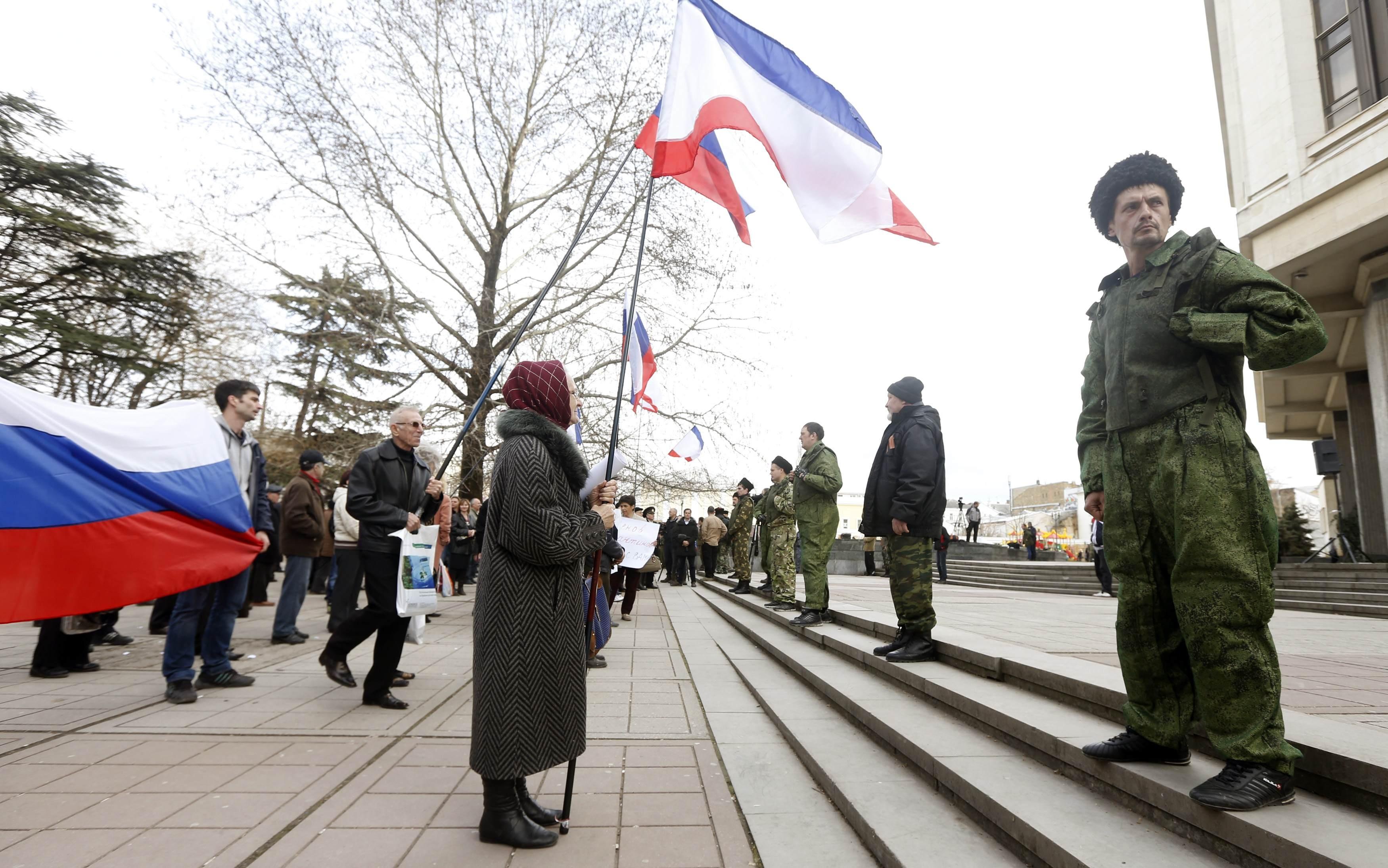 Мітинг проросійських сил та озброєні бойовики,