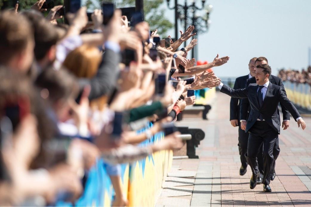 Володимир Зеленський прямує до парламенту