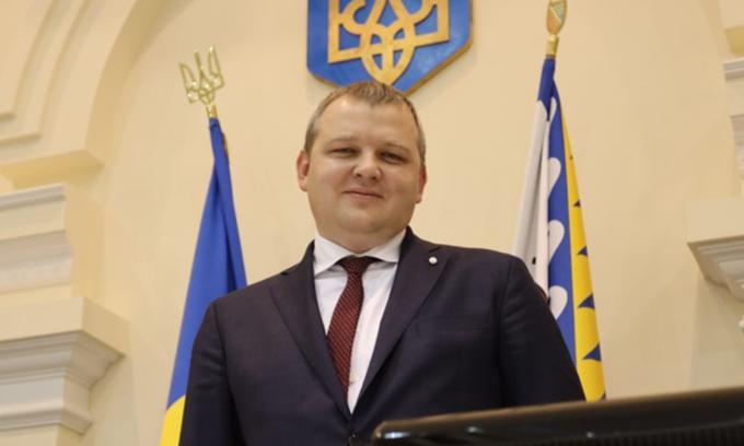 Офіс президента зробив головою Дніпропетровської облради земляка президента Миколу Лукашука