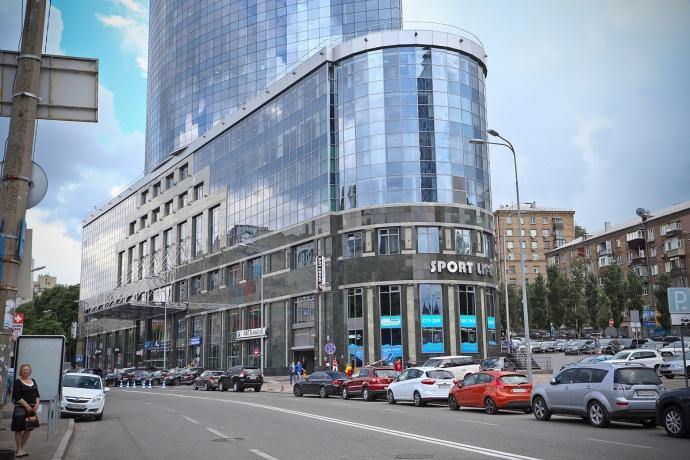 Бізнес-центр «Парус» (фото з відкритих джерел)