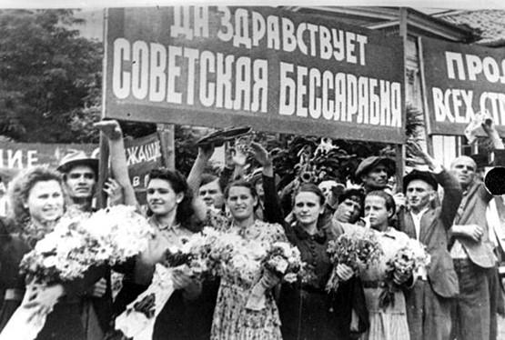 Кроме немцев, крымских татар, калмыков, чеченцев и ингушей, жителей стран Балтии и Западной Украины, которых вывозили из родных мест, сталинский режим также успел поиздевался и над молдаванами
