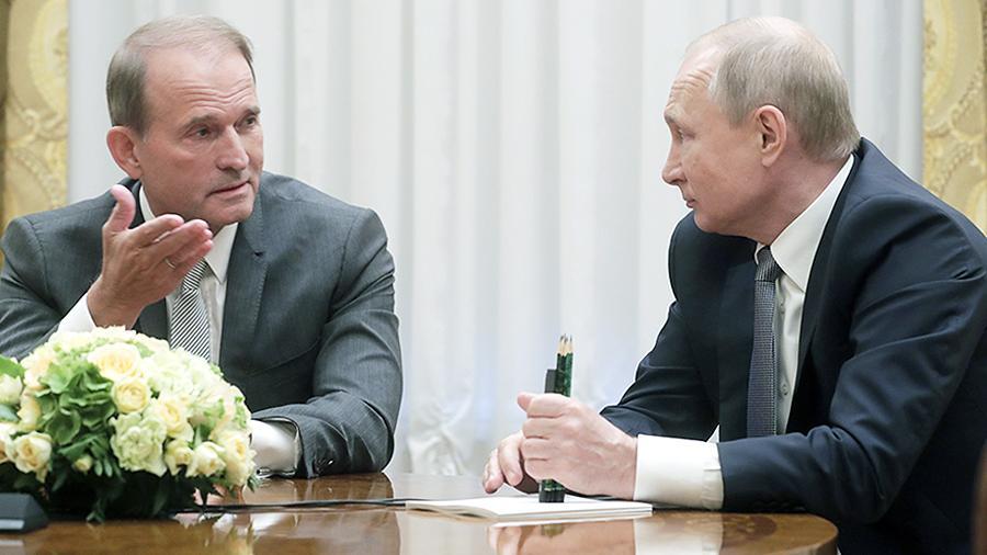 Потураєв: «М'яка сила» Росії готова заїхати в Україну на танковій броні