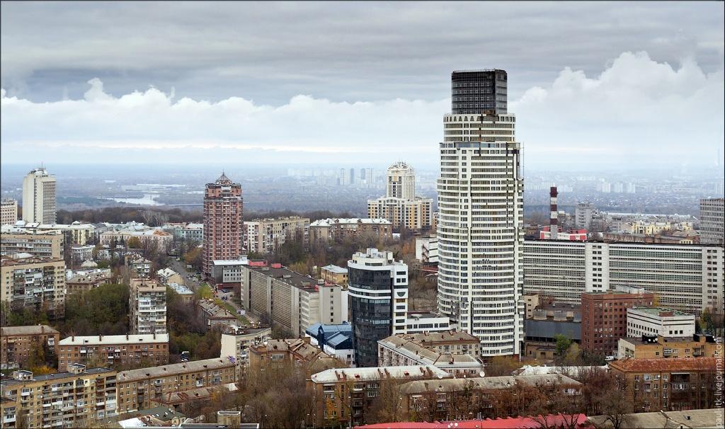 Офісний центра на Кловському узвозі, 7 (фото: kanzas.ua)