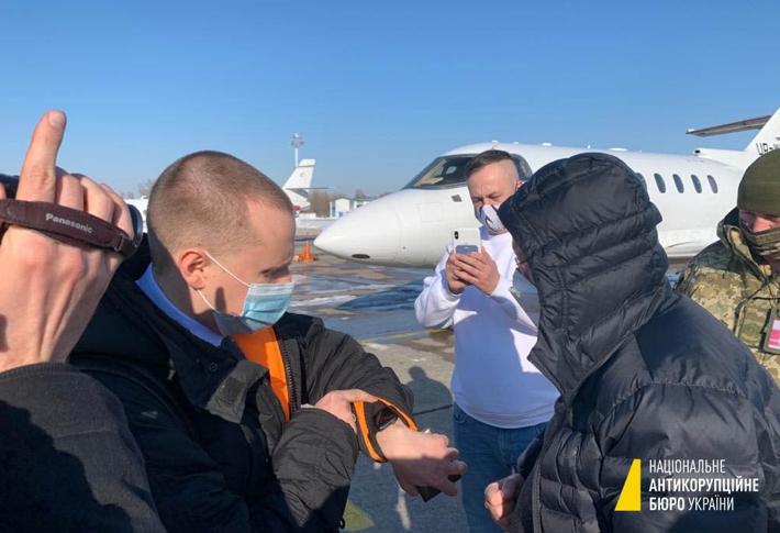 НАБУ не дало Володимиру Яценку перетнути державний кордон. Він хотів втекти?