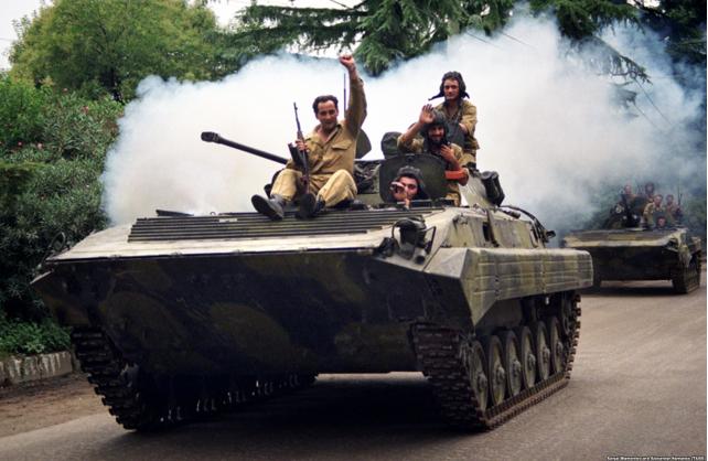 Грузинські війська в Сухумі. Фото ekhokavkaza.com (проект Радіо Свобода)