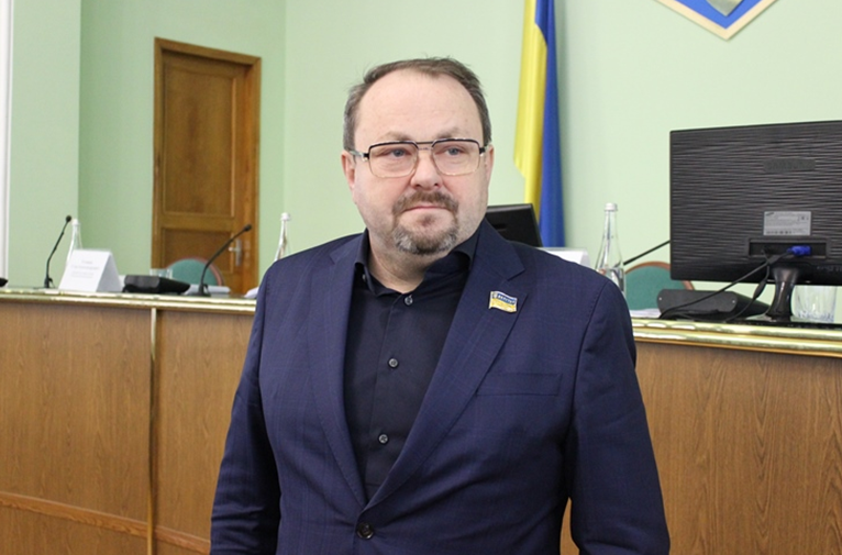 Новому голові Херсонської облради Олександру Самойленку приписують дружбу з першим помічником президента Сергієм Шефіром