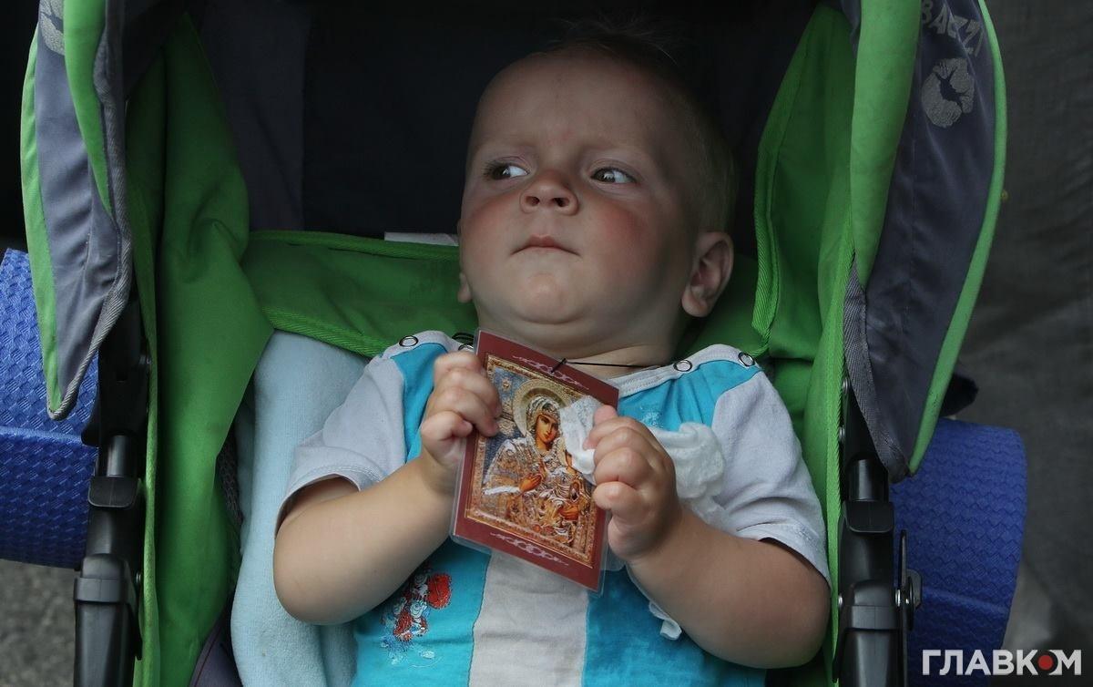 Малюк під час хресного ходу УПЦ МП, 27 липня 2016 року (фото: Станіслав Груздєв, Главком)