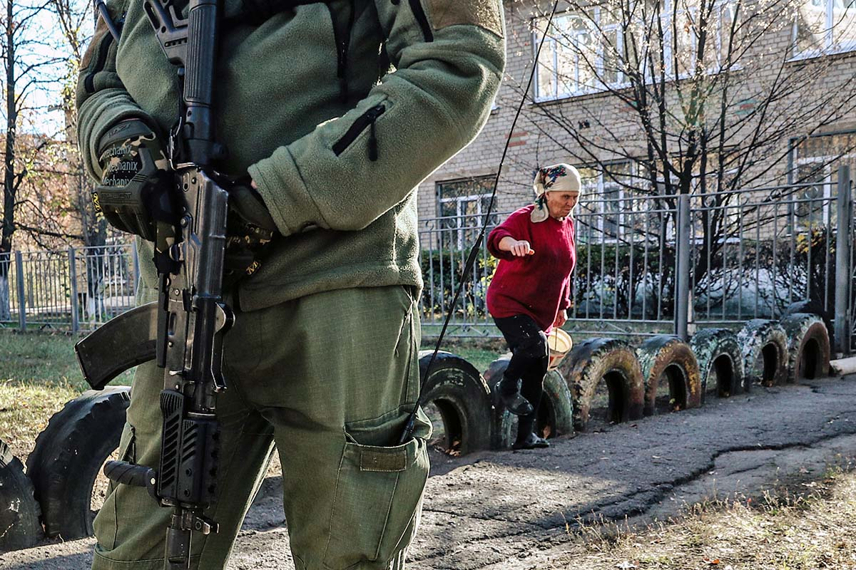 Ситуація «ні війни, ні миру» на Донбасі триватиме, швидше за все, також ще достатньо довго