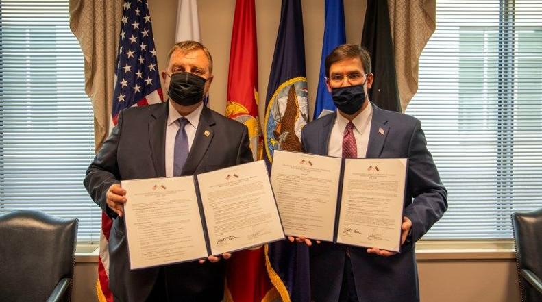 Міністри оборони Болгарії та США Красимир Каракачанов та Марк Еспер у Вашингтоні