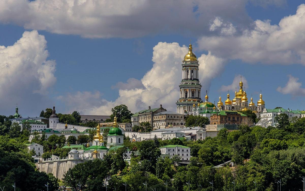 Держава тепер контролює лише п'яту частину території найдавнішого монастиря України