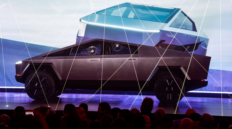 Новий пікап Tesla Cybertruck з дивакуватим дизайном (фото: Ringo H.W. Chiu/AP)